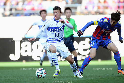 Cristiano (Ventforet), Masato Morishige (FC Tokyo),<br /> MARCH 8, 2014 - Football / Soccer :<br /> 2014 J.League Division 1 match between F.C.Tokyo 1-1 Ventforet Kofu at Ajinomoto Stadium in Tokyo, Japan. (Photo by AFLO)