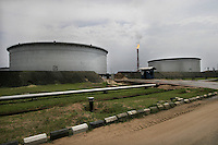 Shell operations in Niger Delta. Bonny oil terminal where oil is exported. © Fredrik Naumann