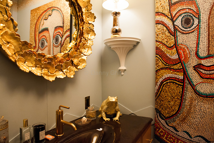 The Kips Bay Decorator Show House invited twenty one designers and architects to transform a luxury Manhattan townhouse for a benefit to the Kips Bay Boys &amp; Girls Club. <br /> <br /> Pictured, design by Harry Heissmann Inc.<br /> <br /> <br /> Danny Ghitis for The New York Times