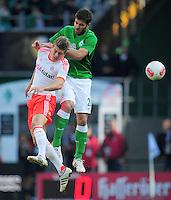 FUSSBALL   1. BUNDESLIGA  SAISON 2012/2013   6. Spieltag   SV Werder Bremen - FC Bayern Muenchen          29.09.2012 Toni Kroos (li, FC Bayern Muenchen) gegen Sokratis Papastathopoulos (re, SV Werder Bremen)