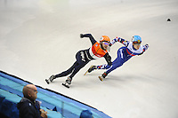 SHORT TRACK: TORINO: 15-01-2017, Palavela, ISU European Short Track Speed Skating Championships, Final Relay Men, Team Russia, Team Netherlands, Final corner, Sjinkie Knegt (NED), Semen Elistratov (RUS), ©photo Martin de Jong