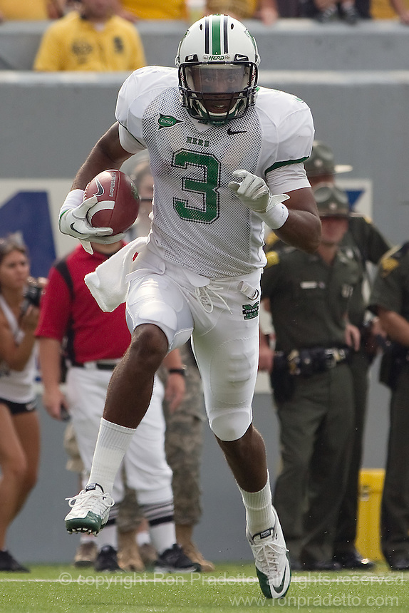 Marshall wide receiver Aaron Dobson | Ron Pradetto Photography