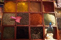 Europe/Turquie/Antalya : Marché - Assortiment d'épices