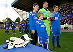 St Johnstone v Man Utd XI....31.07.10  Alan Main Testimonial.Alan Main at full time with his sons Nicholas, Josh and Kristofer.Picture by Graeme Hart..Copyright Perthshire Picture Agency.Tel: 01738 623350  Mobile: 07990 594431