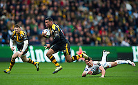 Siale Piutau of Wasps gets past Henry Slade of Exeter Chiefs. European Rugby Champions Cup quarter final, between Wasps and Exeter Chiefs on April 9, 2016 at the Ricoh Arena in Coventry, England. Photo by: Patrick Khachfe / JMP