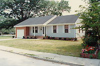 1989 July 11..Infill Housing..1109 Meads Road.......CAPTION...NEG#.NRHA#..