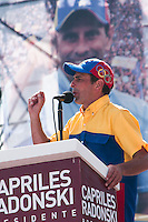 Venezuela: Caracas,30/09/12 .opposition candidate Henrique Capriles speech to supporters in Av.Bolivar during the closing rally in Caracas, in his election campaign for the upcoming elections on October 7.Carlos Hernandez/Archivolatino