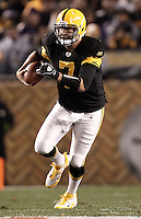 PITTSBURGH, PA - NOVEMBER 06:  Ben Roethlisberger #7 of the Pittsburgh Steelers runs with the ball against the Baltimore Ravens during the game on November 6, 2011 at Heinz Field in Pittsburgh, Pennsylvania.  (Photo by Jared Wickerham/Getty Images)