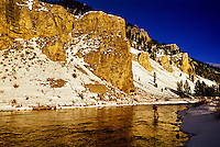 Fishing, Gallatin River Canyon, Montana (near Yellowstone National Park) USA