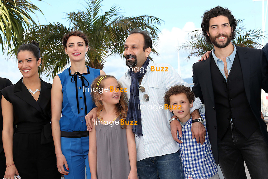 CPE/Actor Ali Mosaffa, actor Elyes Aguis, actress Berenice Bejo, actress Jeanne Jestin, director Asghar Farhadi and actor Tahar Rahim attend 'Le Passe' photocall during the 66th Annual Cannes Film Festival at the Palais des Festivals on May 17, 2013 in Cannes, France.