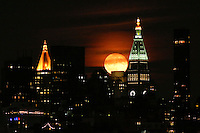 HOBOKEN, NJ - OCTOBER 16: A full Hunter's super moon rises behind middle Manhattan and the Metropolitan Life Insurance Company Tower in New York City on October 16, 2016 as seen from Hoboken, NJ, VIEWPRESS/Kena Betancur