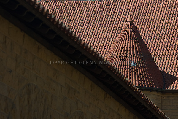 Stanford University building quad red tile roofs