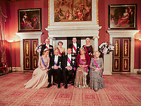 Le roi Philippe de Belgique,  la reine Mathilde de Belgique,la princess  Margriet van Vollenhoven, le roi Willem-Alexander, la reine Maxima, le prince Piet van Vollenhoven, le prince Constantijn, la princesse Laurentien et la princesse Beatrix . Le roi Philippe de Belgique et la reine Mathilde de Belgique en visite d'&eacute;tat aux Pays-Bas, lors d'un d&icirc;ner de gala avec le roi Willem-Alexander des Pays-Bas et la reine Maxima des Pays-Bas .<br /> Pays-Bas, Amsterdam, 28 novembre 2016.<br /> King Philippe of Belgium and Queen Mathilde of Belgium on a State Visit to The Netherlands, during the State banquet hosted by the King Willem-Alexander of The Netherlands and the Queen Maxima of The Netherlands.<br /> Netherlands, Amsterdam, 28 November 2016.