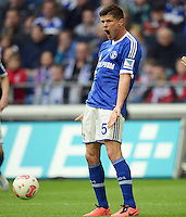 FUSSBALL   1. BUNDESLIGA   SAISON 2012/2013    31. SPIELTAG FC Schalke 04 - Hamburger SV          28.04.2013 Klaas Jan Huntelaar (FC Schalke 04) emotional