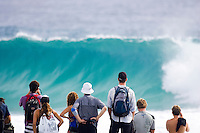 In ideal surfing conditions Round 3 of the Quiksilver Pro Gold Coast presented by Samsung  hit the water today march 5, 2007. The Quiksilver Pro Gold Coast at Snapper Rocks, Coolangatta, Australia is the first event  on the 2007 Foster's ASP World Tour.   Photo: Joli