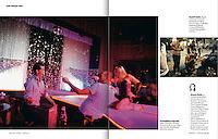 LONG COURS<br /> (France)<br /> <br /> Au Goldfinger strip club, place Venceslas, Michael, fouet en main, est encourage par son ami Arnold et par une strip-teaseuse; Au petit matin, Angelo se sent mal. Son ami Michael le reconforte. Il vit a Prague ses derniers moments de liberte. Le jeune Hollandais se marie dans quelques semains.<br /> <br /> &quot;Very Prague Trip,&quot; p. 92-93<br /> Summer 2013.