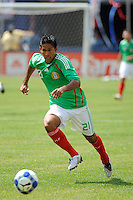 Juan Carlos Valenzuela (21) of Mexico (MEX). Mexico (MEX) defeated the United States (USA) 5-0 during the finals of the CONCACAF Gold Cup at Giants Stadium in East Rutherford, NJ, on July 26, 2009.