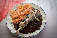 Amealco, Qro. 3 marzo 2017.- Aspectos generales del restaurante campestre El Chamizal, ubicado en la carretera Amealco-San Ildefonso, kil&oacute;metro 5.<br /> <br /> El lugar es reconocido por sus platillos de mole servido con guajolote.