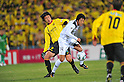 (L to R) Park Dong-Hyuk (Reysol), Sho Ito (S-Pulse), MARCH 5, 2011 - Football : 2011 J.LEAGUE Division 1,1st sec between Kashiwa Reysol 3-0 Shimizu S-Pulse at Hitachi Kashiwa Stadium, Chiba, Japan. (Photo by Jun Tsukida/AFLO SPORT) [0003]..