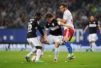 FUSSBALL   1. BUNDESLIGA    SAISON 2012/2013    8. Spieltag   Hamburger SV - VfB Stuttgart            21.10.2012 Ibrahima Traore (li) und Gotoku Sakai (Mitte, beide VfB Stuttgart) gegen Rafael van der Vaart (re, Hamburger SV)