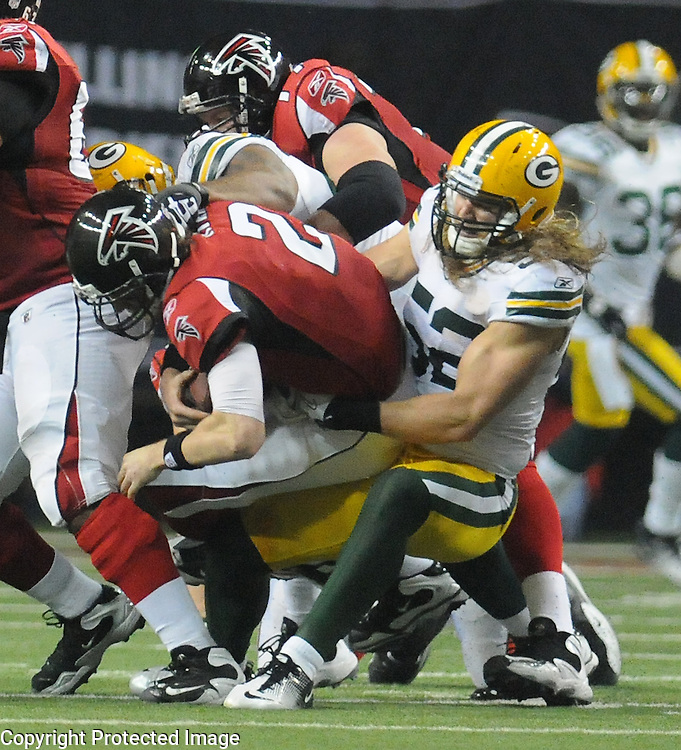Clay Matthews needs to repeat this scene a few times Sunday afternoon in Hotlanta