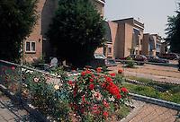 1992 May 01..Assisted Housing..N. Wellington Place.Wellington Oaks Exteriors.Underwood Avenue..CAPTION...NEG#.NRHA#..HOUSING:WelOak 1 1:8