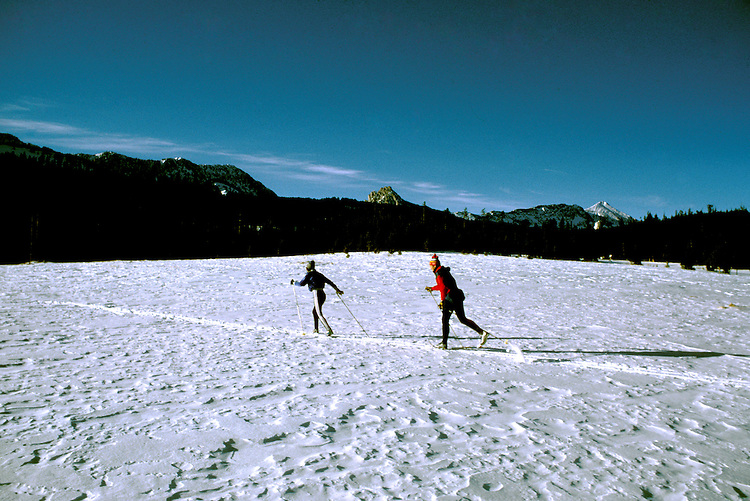 Montana: Lone Mountain, Cross Country skiing, skiers,  Photo: mtbose103.Photo copyright Lee Foster, www.fostertravel.com, 510/549-2202, lee@fostertravel.com