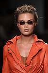2012-07-15 eyes + more present Tony Cohen Catwalkshow AFW