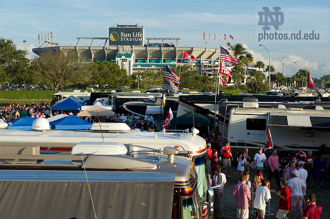 Jan. 7, 2013; Notre Dame and Alabama fans tailgate outside Sun Life stadium before the 2013 BCS National Championship in Miami, Florida. Photo by Barbara Johnston/University of Notre Dame