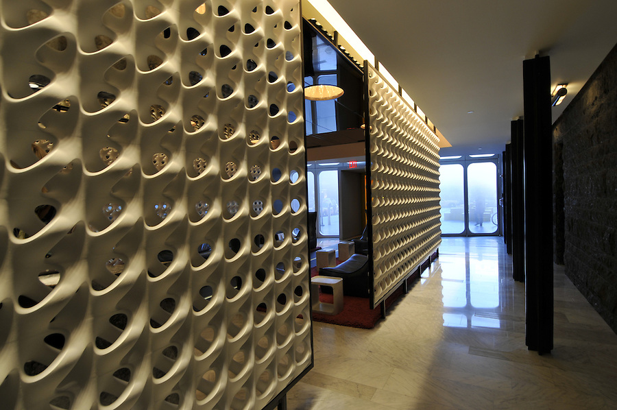 Standard Hotel part of Andre Balazs Properties,  Manhattan, New York City, New York, USA designed by Polshek Partnership Architects, lobby