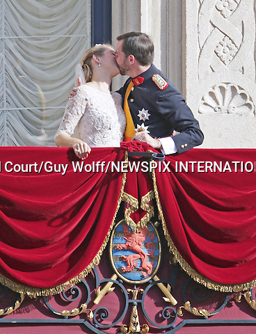 "Wedding of HRH the Hereditary Grand Duke Guillaume and Countess Stéphanie de Lannoy.The couple Kiss on the balcony of the Grand-Ducal Palace,  Luxembourg_20-10-2012.Mandatory credit photo: ©Grand-Ducal Court/Guy Wolff/NEWSPIX INTERNATIONAL..(Failure to credit will incur a surcharge of 100% of reproduction fees)..                **ALL FEES PAYABLE TO: ""NEWSPIX INTERNATIONAL""**..IMMEDIATE CONFIRMATION OF USAGE REQUIRED:.Newspix International, 31 Chinnery Hill, Bishop's Stortford, ENGLAND CM23 3PS.Tel:+441279 324672  ; Fax: +441279656877.Mobile:  07775681153.e-mail: info@newspixinternational.co.uk"
