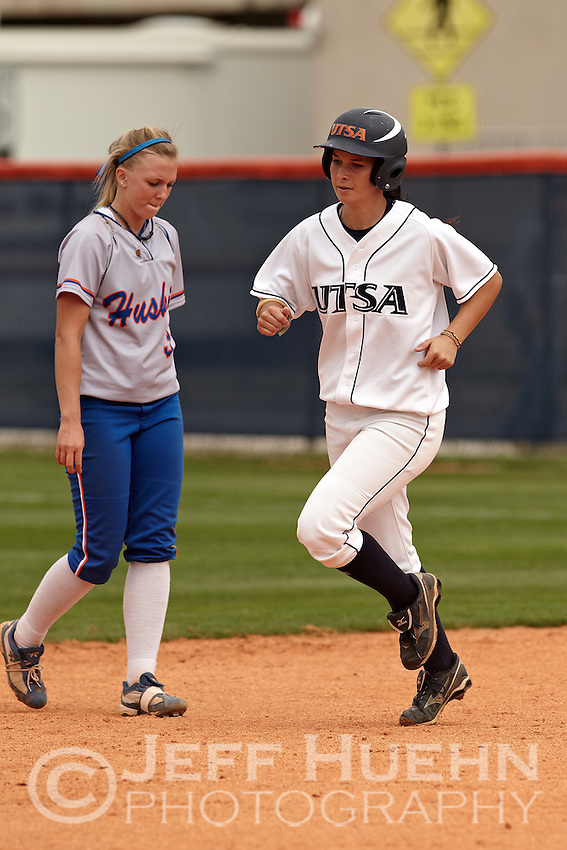 SAN ANTONIO, TX - MARCH 30, 2011: The Houston Baptist University Huskies vs. the University of Texas at San Antonio Roadrunners Softball at Roadrunner Field. (Photo by Jeff Huehn)