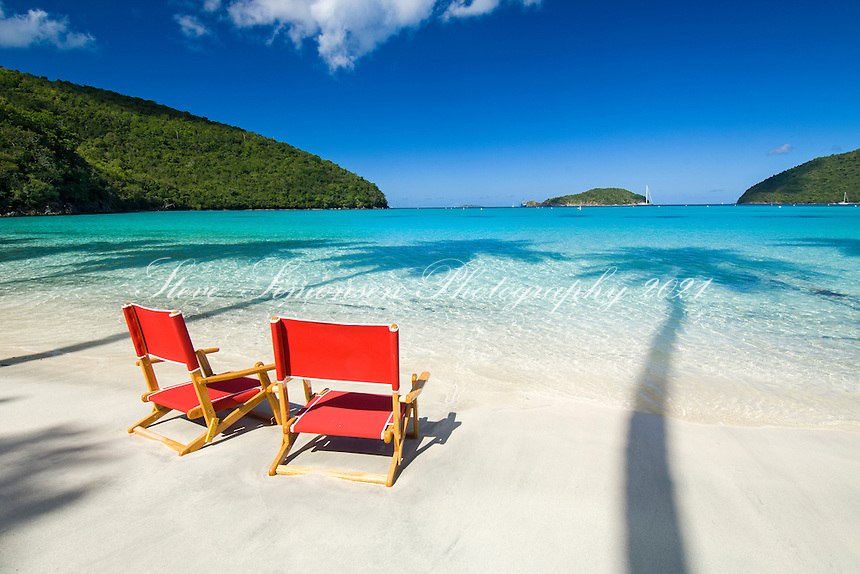Red beach chairs<br />