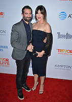 BEVERLY HILLS, CA. December 4, 2016: Kathryn Hahn &amp; Jay Duplass at the 2016 TrevorLIVE LA Gala at the Beverly Hilton Hotel.<br /> Picture: Paul Smith/Featureflash/SilverHub 0208 004 5359/ 07711 972644 Editors@silverhubmedia.com