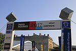 Before the start of the 115th edition of the Paris-Roubaix 2017 race running 257km Compiegne to Roubaix, France. 9th April 2017.<br /> Picture: Eoin Clarke | Cyclefile<br /> <br /> <br /> All photos usage must carry mandatory copyright credit (&copy; Cyclefile | Eoin Clarke)