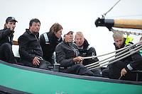 ZEILEN: ELAHUIZEN: 25-07-2014, SKS skûtsjesilen, Mareije Faber weer als adviseur achterop bij de Sneker Pan, ©foto Martin de Jong