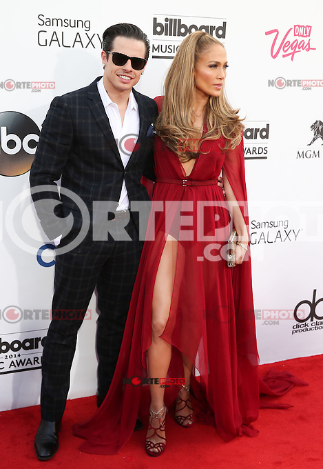 LAS VEGAS, NV - May 18 : Casper Smart and J Lo pictured at 2014 Billboard Music Awards at MGM Grand in Las Vegas, NV on May 18, 2014. © Kabik/ Starlitepics
