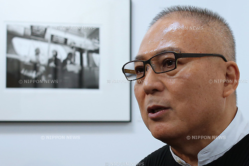"Photographer Tenmei Kano speaks during a talk session at his photo exhibition ""New York 1969"" at a gallery in Tokyo, Japan October 31, 2014.  (Photo by Yuriko Nakao /AFLO)"