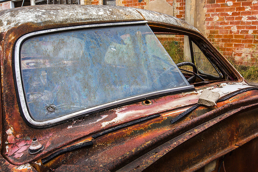 Vintage Automobile, Rough and Crusty