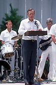 United States President George H.W. Bush makes remarks during a Barbeque on the South Lawn of the White House in Washington, D.C. to commemorate the 20th anniversary of the Apollo 11 Moon landing on July 20, 1989.<br /> Credit: Ron Sachs / CNP