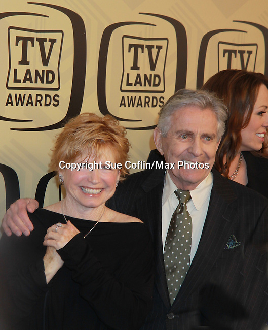 """One Day At A Time - Bonnie Franklin & Pat Harrington honored with Innovator Award at the 10th Anniversary of the TV Land Awards on April 14, 2012 to honor shows """"Murphy Brown"""", """"Laverne & Shirley"""", """"Pee-Wee's Playhouse"""", """"In Loving Color"""" and """"One Day At A Time"""" and Aretha Franklin at the Lexington Armory, New York City, New York. (Photo by Sue Coflin/Max Photos)"""