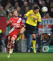 FUSSBALL   DFB POKAL   SAISON 2011/2012  ACHTELFINALE  Fortuna Duesseldorf - Borussia Dortmund              20.12.2011 Sascha Roesler (li, Duesseldorf) gegen Chris Loewe (Borussia Dortmund)