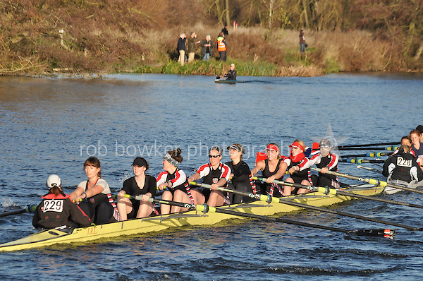 229 .TRC-Francis .W.IM3.8+ .Thames RC. Wallingford Head of the River. Sunday 27 November 2011. 4250 metres upstream on the Thames from Moulsford railway bridge to Oxford University's Fleming Boathouse in Wallingford. Event run by Wallingford Rowing Club.