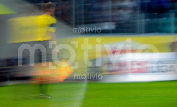Fussball Bundesliga Saison 2009/2010 VFL Wolfsburg - 1. FC Nuernberg Wischeffekt Feature Wettskandal.