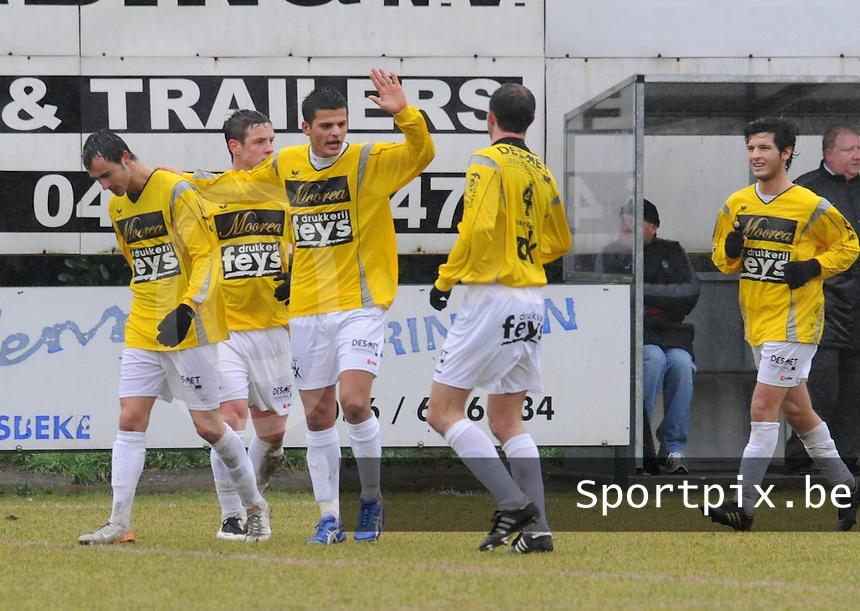 SC Wielsbeke - Racing Mechelen..vreugde bij Wielsbeke na de 1-0 van Jessy Lebsir (links)..foto VDB / BART VANDENBROUCKE