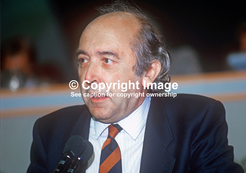 Peter Plouviez, general secretary, British Actors' Equity Association, UK, at annual conference, TUC, Trades Union Congress. 19860908PP1<br />