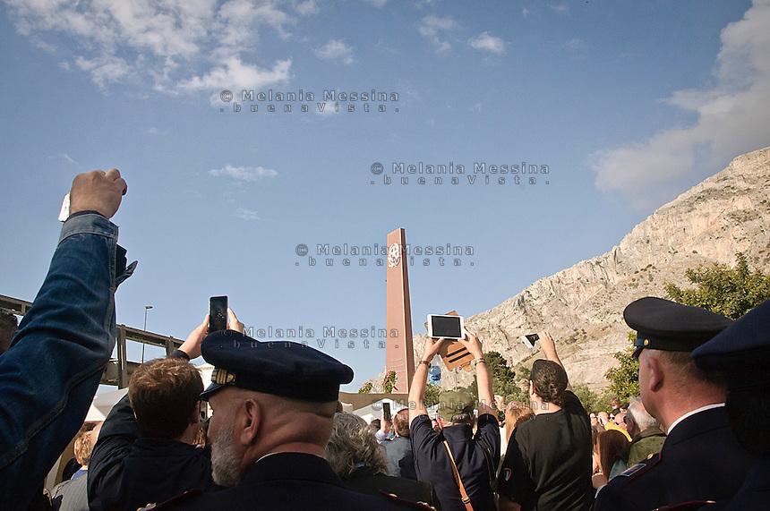 Commemorazione a Capaci sul tratto dell'autostrada A29 dove avvenne la strage in cui morirono Giovanni Falcone e sua moglie giudice Francesca Morvillo insieme alle guardie del corpo Vito Schifani, Antonio Montinaro e Rocco Dicillo.