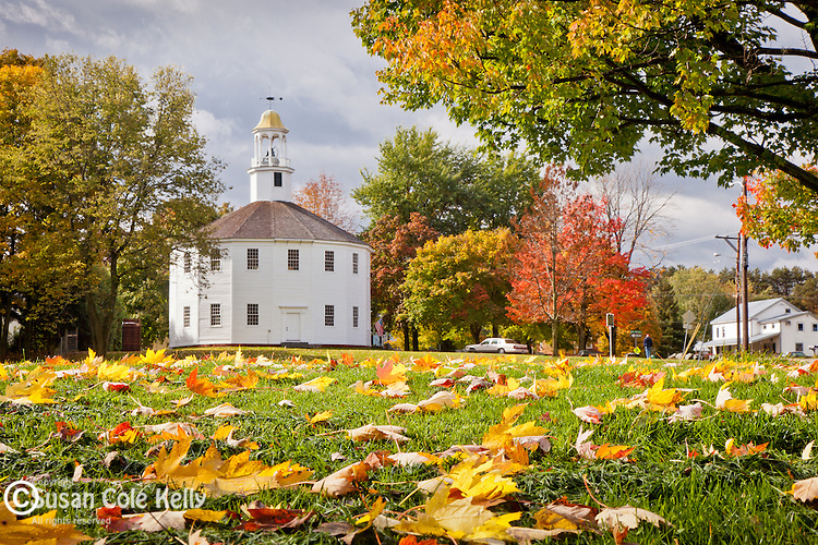 Fall foliage at the Round Church, a National Historical Site built by William Rhodes in 1814, in Richmond, VT, USA