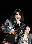 Alice Cooper 2004 at Alice Cooper's Christmas Pudding show for his Solid Rock Foundation Charity