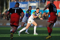 Rhys Priestland of Bath Rugby receives the ball. Aviva Premiership match, between Saracens and Bath Rugby on January 30, 2016 at Allianz Park in London, England. Photo by: Patrick Khachfe / Onside Images